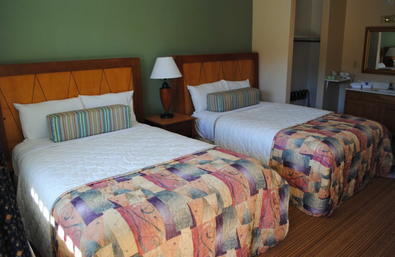 Double beds at Anchorage Inn.