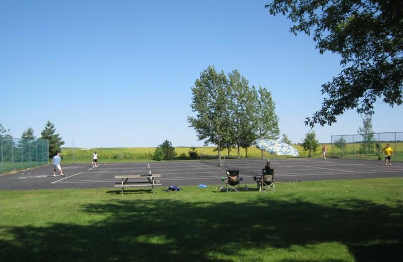Tennis court at Shady Rest Resort.
