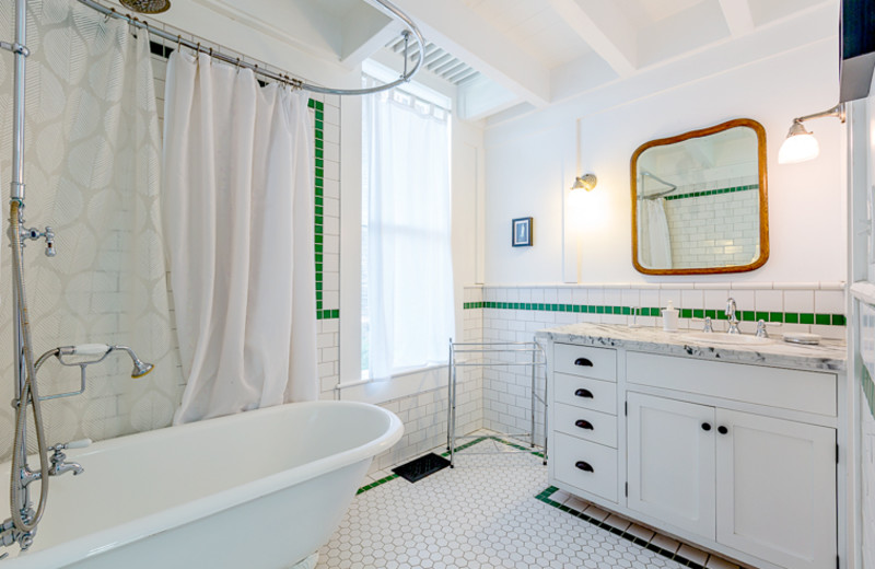 Cottage bathroom at Seabreeze Vacation Rentals, LLC.
