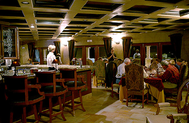 Family Dining at Ocean Lodge