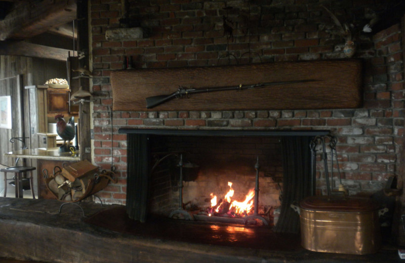 Cottage fireplace at Alegria Inn.