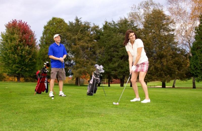 Golf near Bay Breeze Resort.
