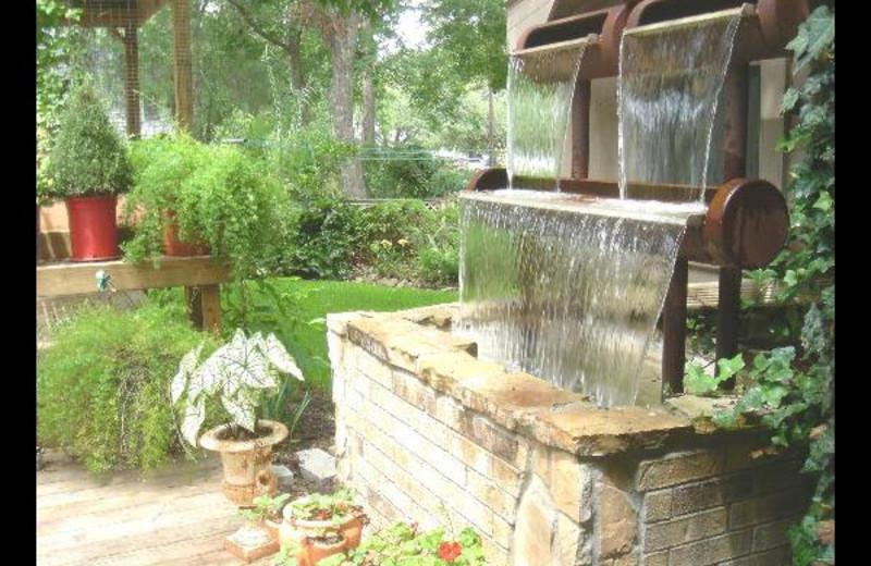 Fountain at Red Door Bed & Breakfast.