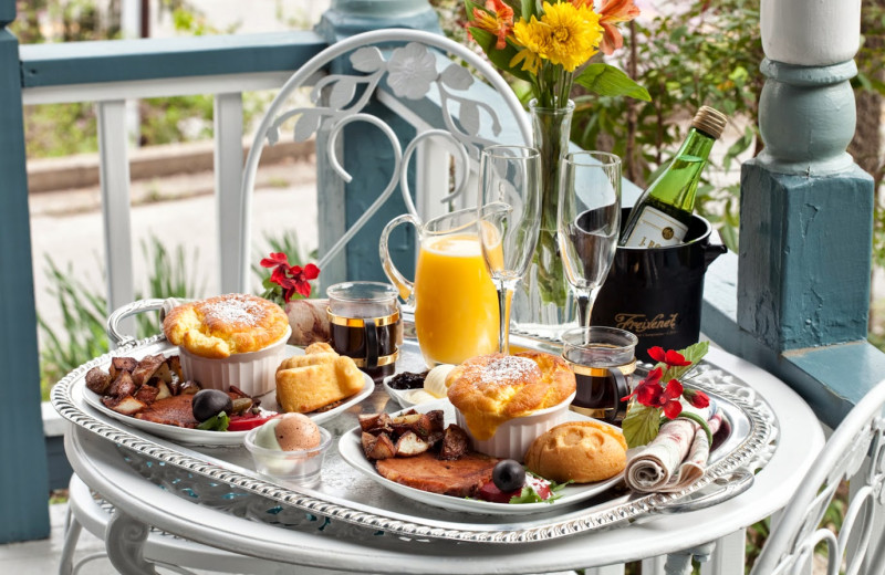 Breakfast at Cliff Cottage Inn-Luxury B & B Suites and Cottages.