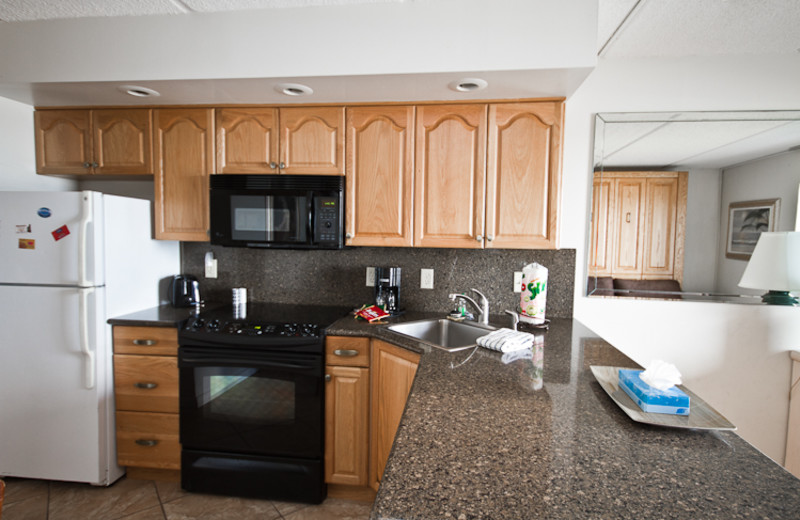 Guest kitchen at Beacher's Lodge Oceanfront Suites.