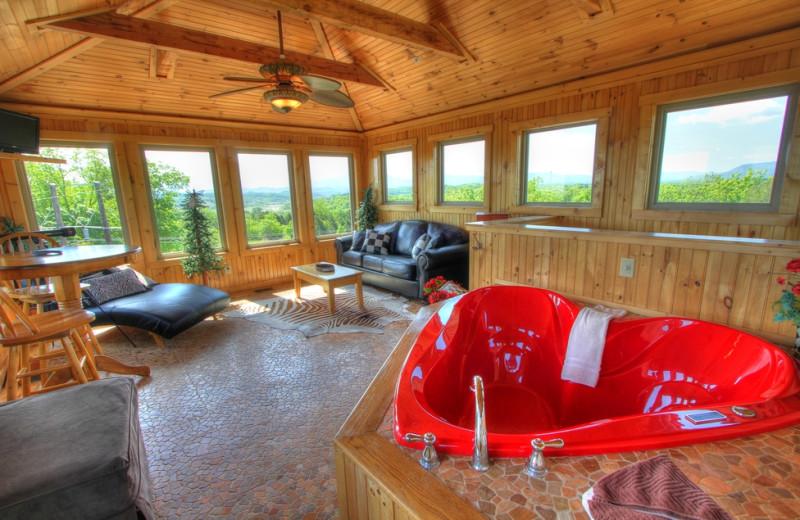 Cabin hot tub at Oak Haven Resort.