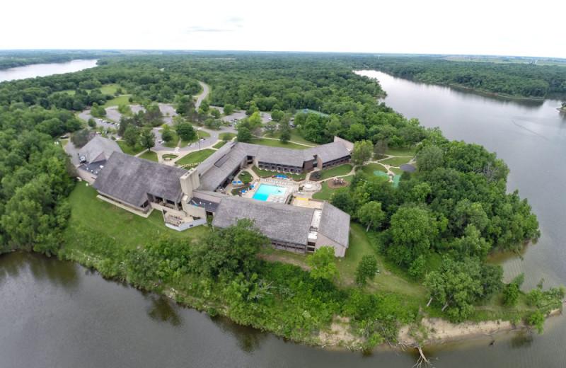 Aerial view of Deer Creek Lodge.