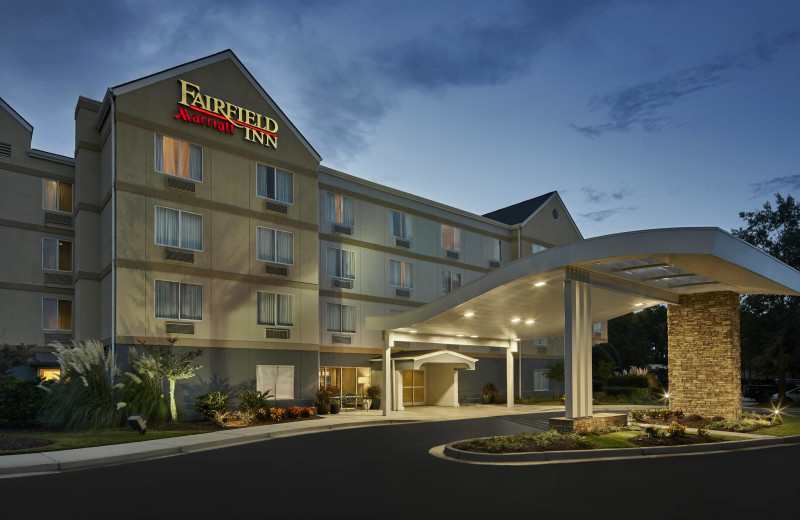 Exterior view of Fairfield Inn Myrtle Beach Broadway at the Beach.