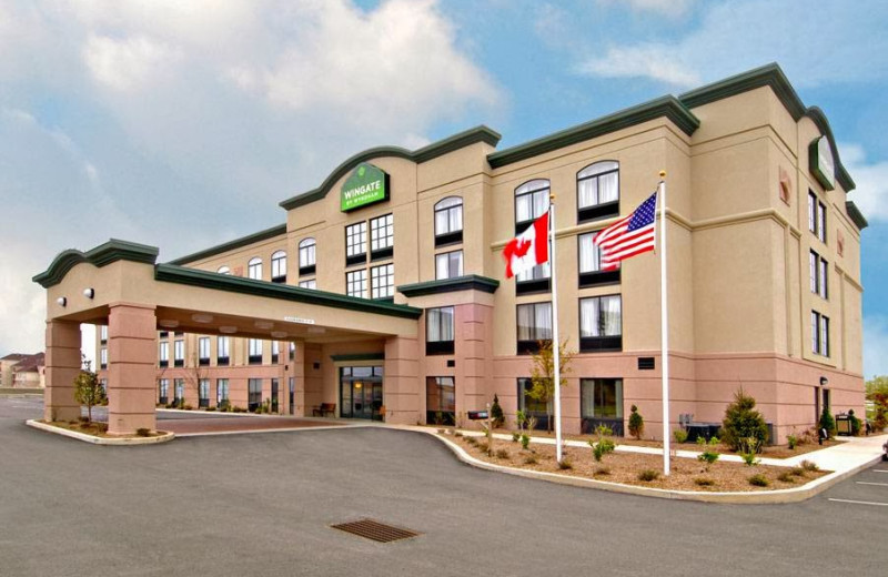 Exterior view of Wingate by Wyndham Erie.