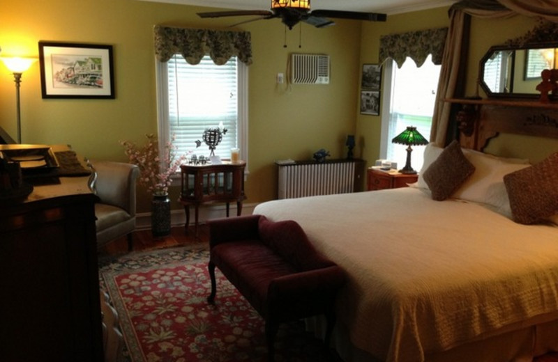 Guest room at Stirling House Bed & Breakfast.