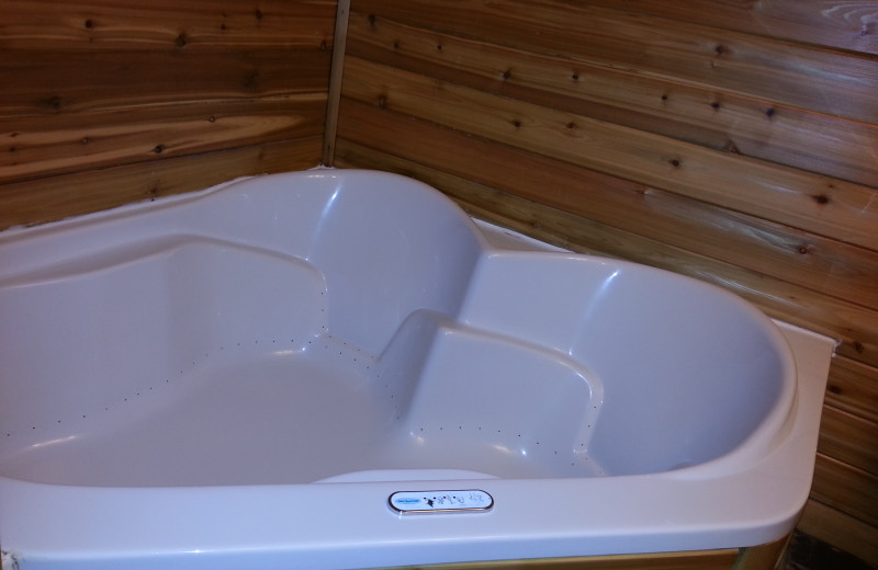Hot tub at Westwind Inn.