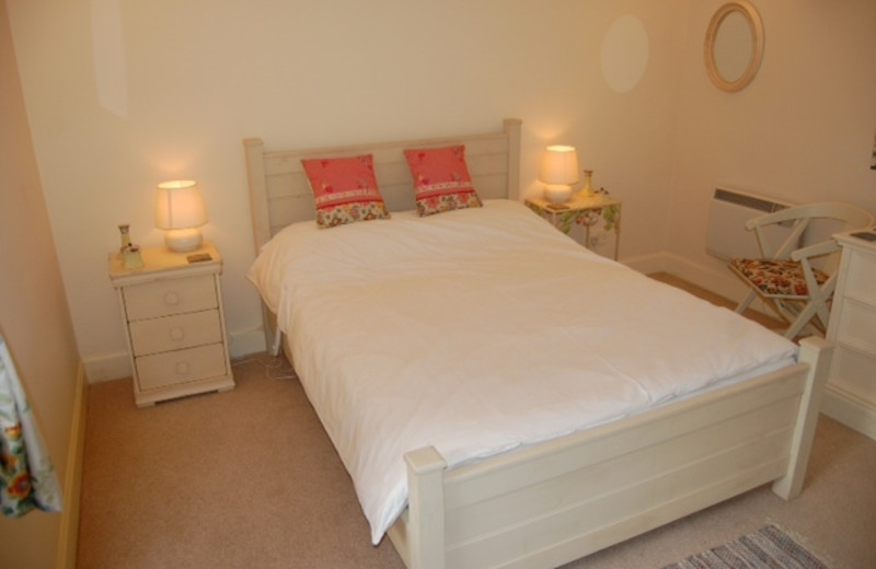 Guest room at Denfield House.