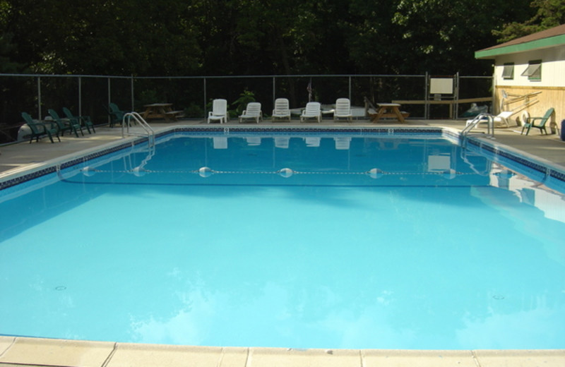 Outdoor pool at Silver Valley Campsites & RV Sales.