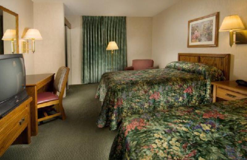 Guest room at Drury Inn Suites Dallas Ft Worth.