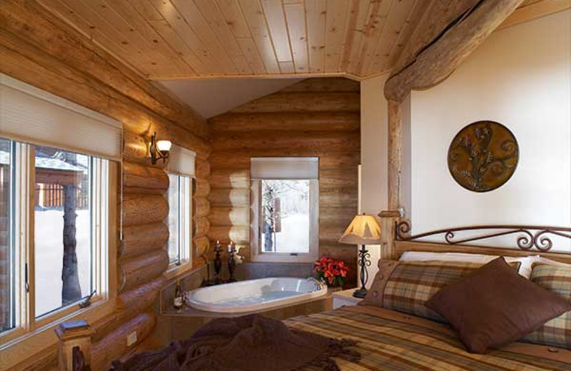 Guest room at emperance Landing on Lake Superior.