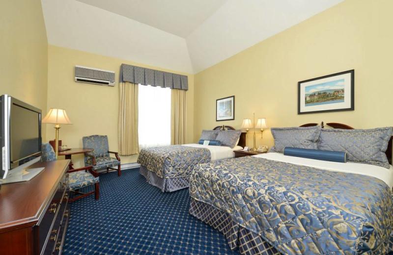 Guest suite at Bar Harbor Inn & Spa.