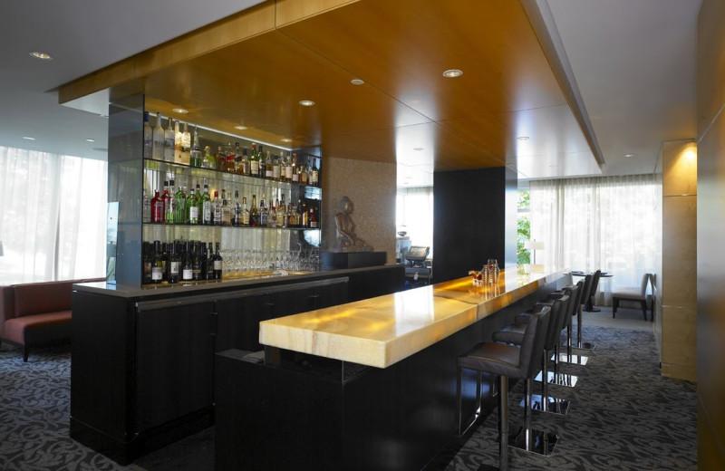 Bar area at Inn at Laurel Point.