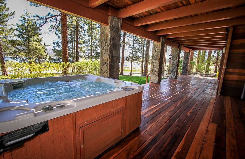 Rental hot tub at Big Bear Vacations.