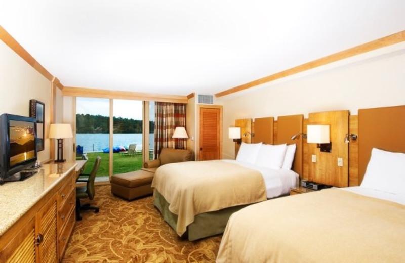 Suite Interior at High Peaks Resort