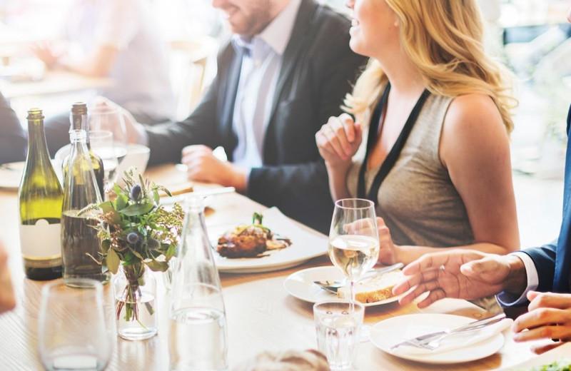 Dining near Pointes North Beachfront Resort Hotel.