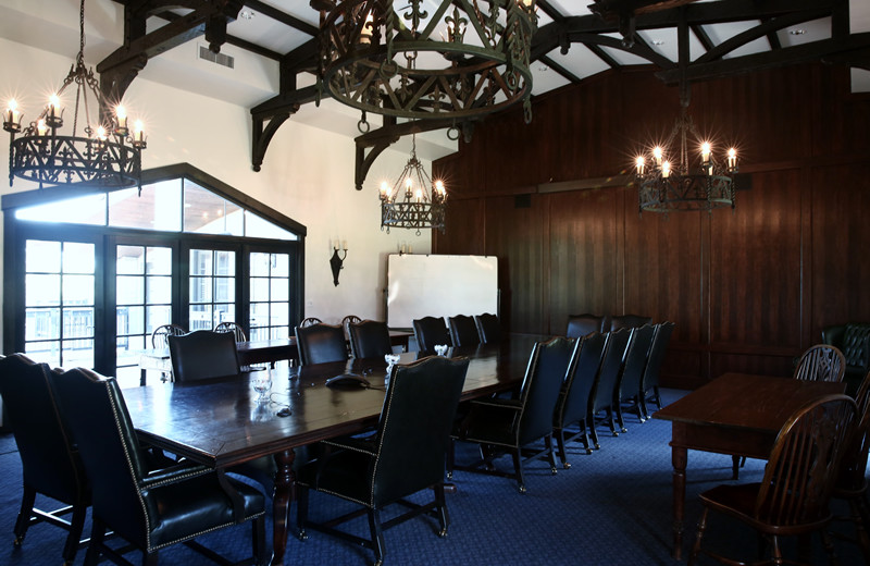 Meeting room at Greystone Castle Sporting Club.