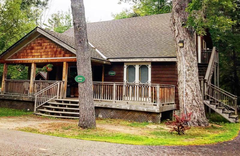 Cottage exterior at Patterson Kaye Resort.