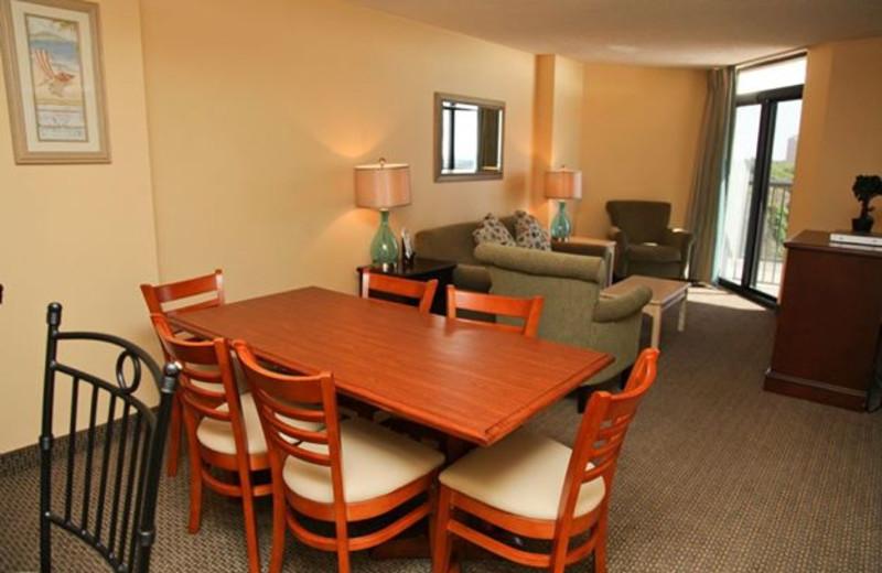 Vacation rental dining room at Grande Shores Ocean Resort.