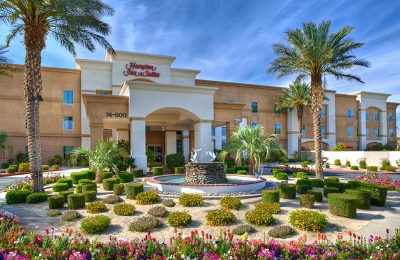 Exterior view of Hampton Inn & Suites Desert Palm.