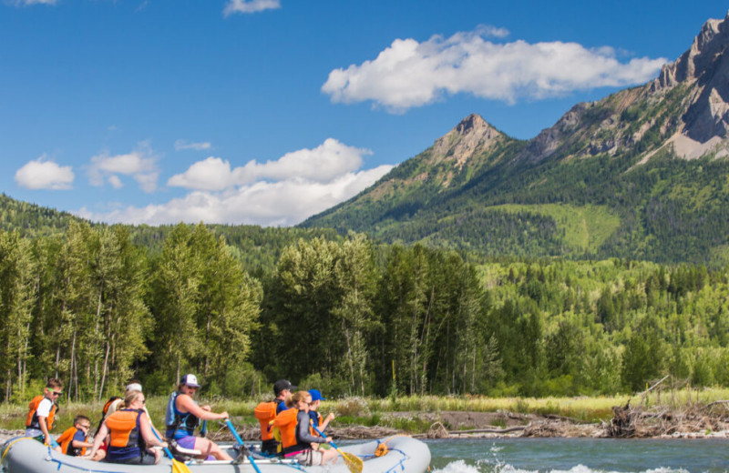 Rafting at Fernie Central Reservations.