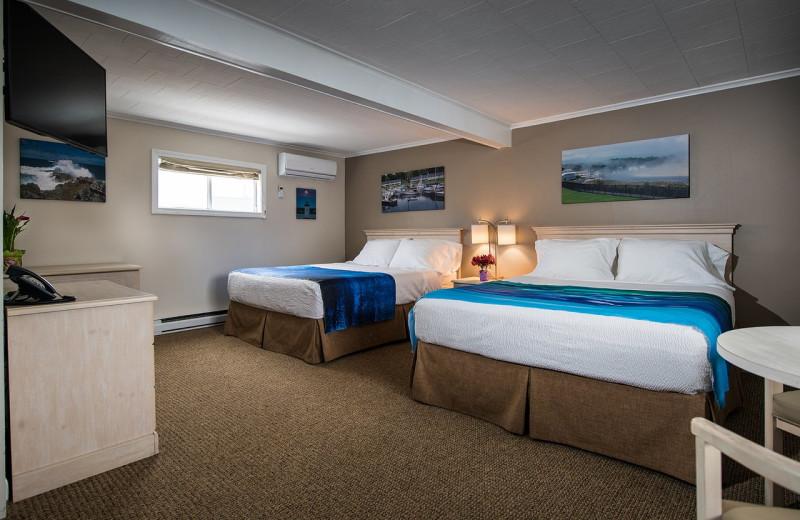 Guest room at Footbridge Beach Motel.