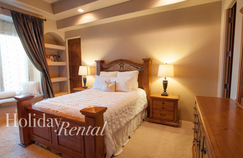 Rental bedroom at HolidayRental.com.