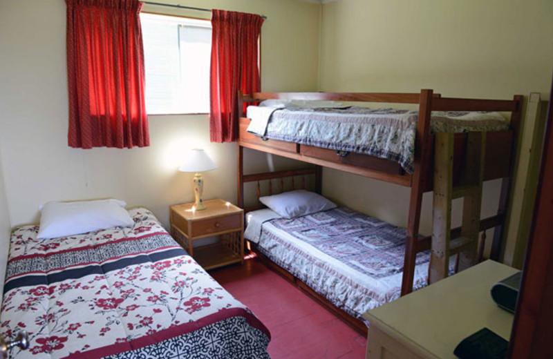 Cabin bedroom at Sunnylea.