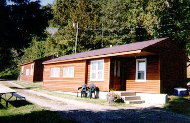 Cottage Exterior at Cedar Ridge Resort
