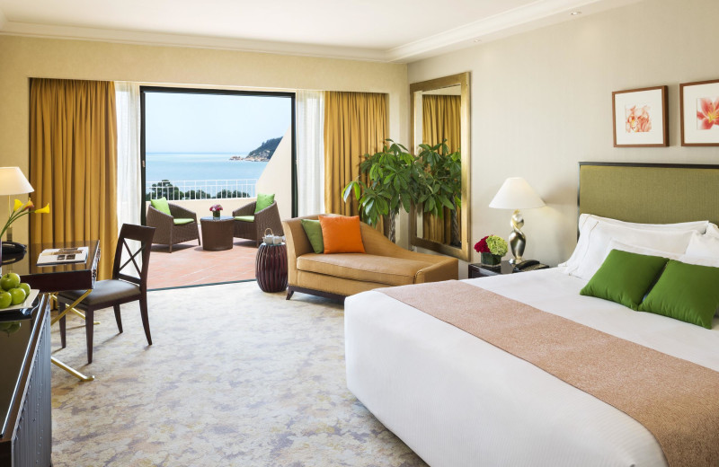 Guest room at Westin Resort Macau.