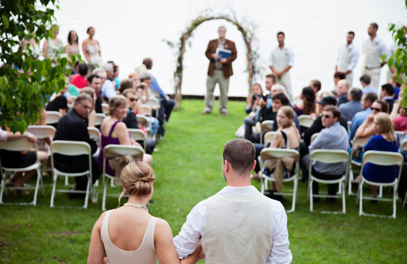 Weddings at Bonnie View Inn.