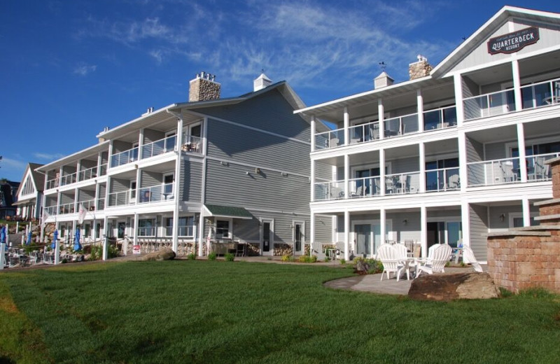 Exterior view of Quarterdeck Resort.