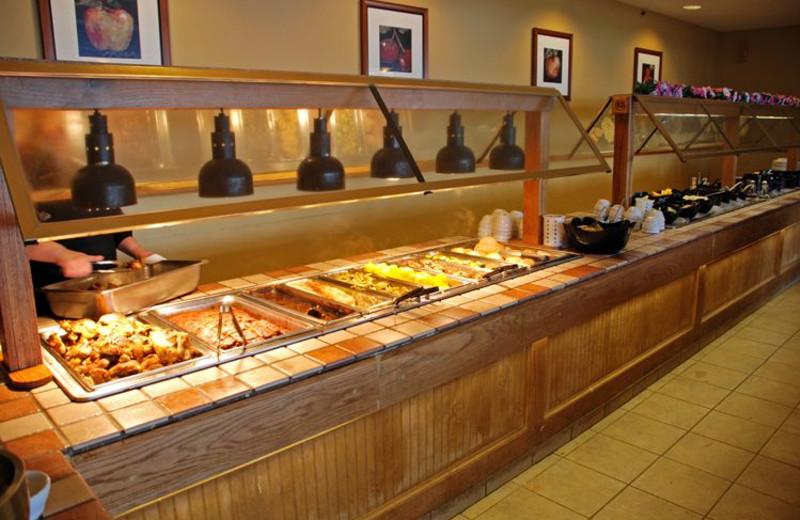 Amicalola falls maple restaurant