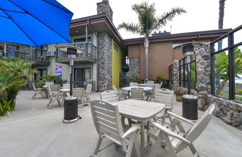 Outdoor dining area at Best Western Plus Shelter Cove Lodge