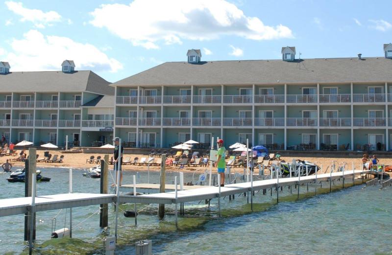 grand beach and sugar beach resort hotels traverse city. Black Bedroom Furniture Sets. Home Design Ideas
