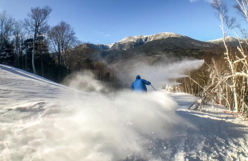 Skiing at North Conway Lodging.