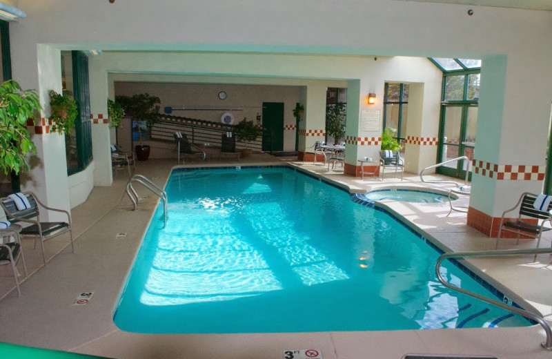 Indoor pool at Hampton Inn & Suites Flagstaff.