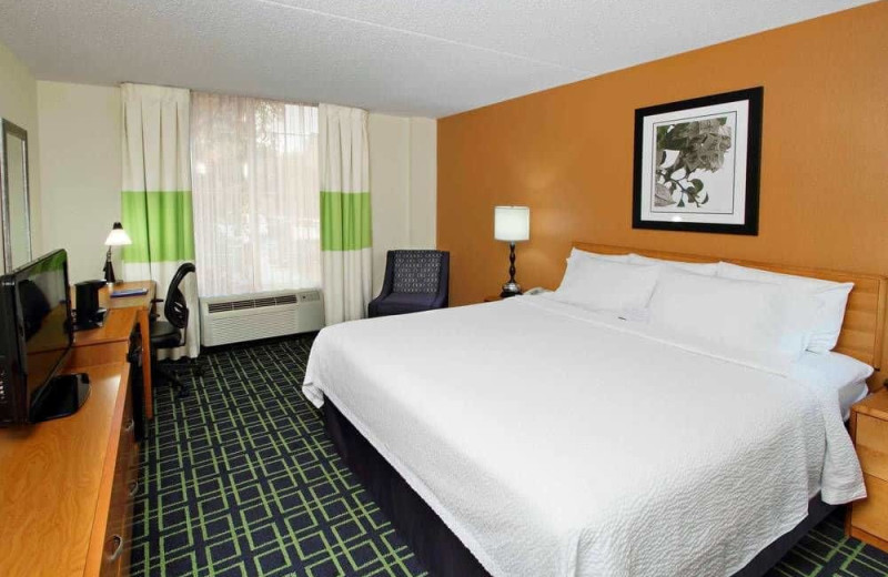 Guest room at Fairfield Inn Scottsdale North.