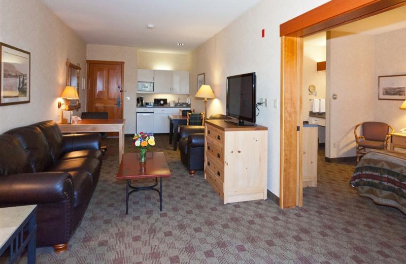 Suite interior at The Heathman Lodge.