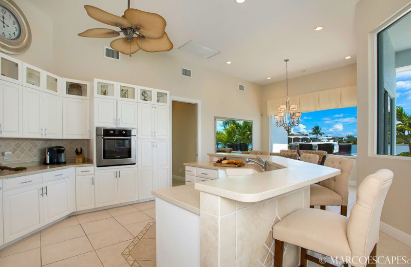 Rental kitchen at Marco Escapes.