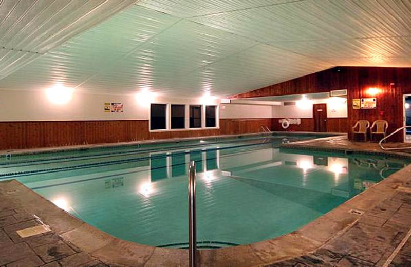 Indoor pool at Royalty Inn.