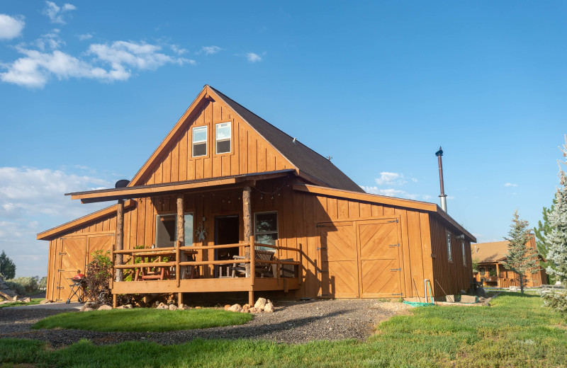 Exterior view of Cottonwood Meadow Lodge.