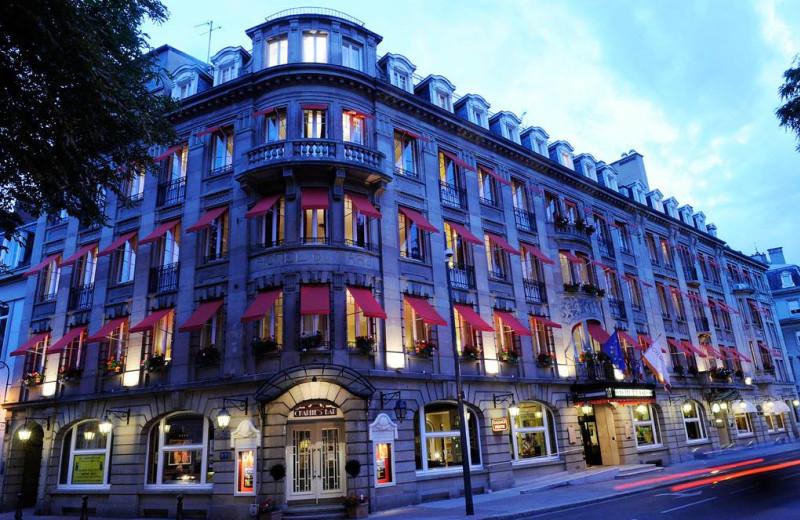 Exterior view of Hotel du Parc.