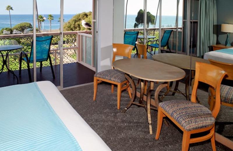 Guest room at La Jolla Cove Suites.