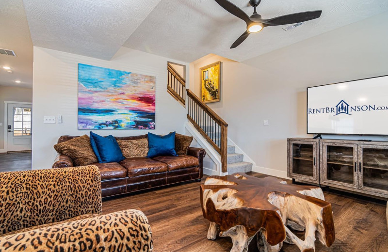 Rental living room at Amazing Branson Rentals.