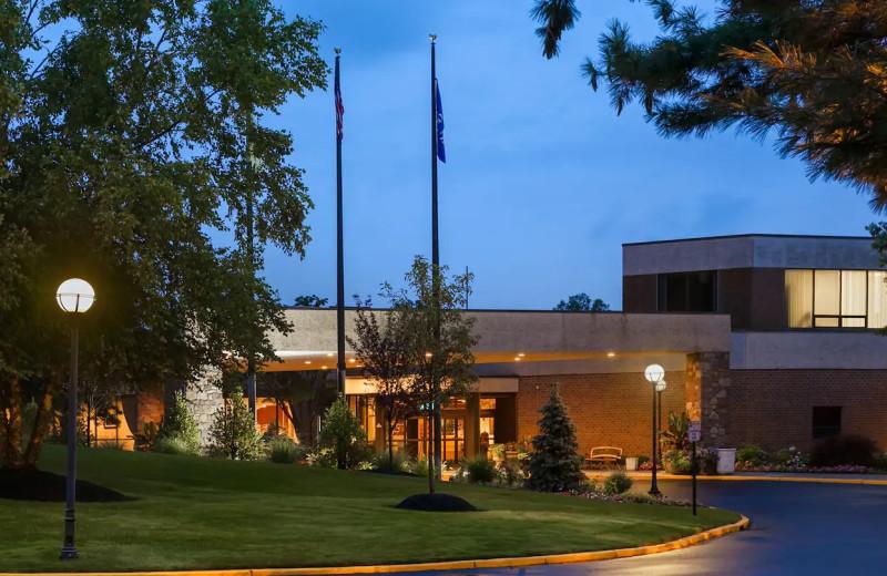 Exterior view of Hilton Woodcliff Lake.